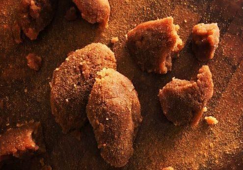 Σαρακοστιανή συνταγή χαλβά με αλεύρι