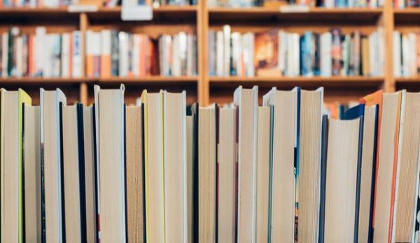 Βιβλιοπωλείο Πολιτεία, το πιο ατμοσφαιρικό και ενημερωμένο βιβλιοπωλείο για το βιβλιόφιλο