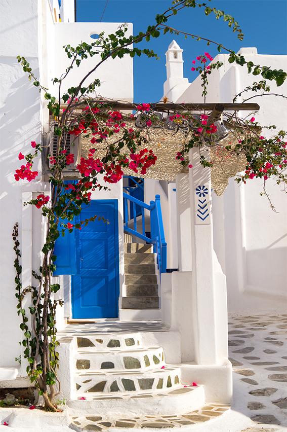 Παραδοσιακή ελληνική πόρτα Σίφνος