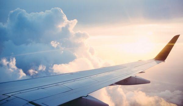Ταξίδια με Αεροπλάνο